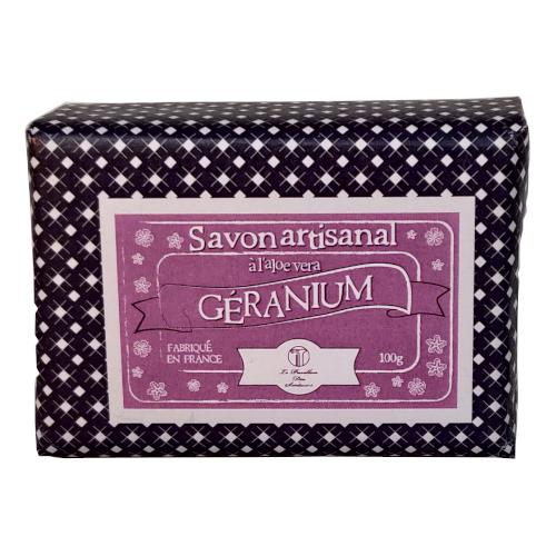 Savon parfumé au geranium